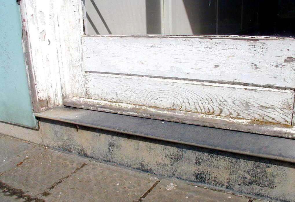 plaque amiante cool les seuils des portes extrieures sont constitus duune bande tire de plaques. Black Bedroom Furniture Sets. Home Design Ideas